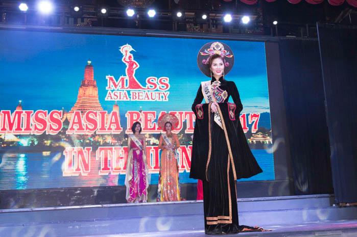 Hoa khôi Thời trang Hoàng Hạnh đã xuất sắc giành được danh hiệu Á hậu 1